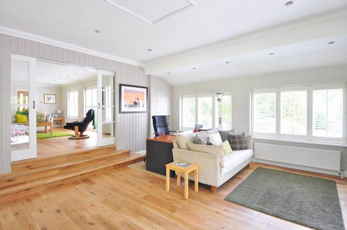 רצפות עשויות עץ