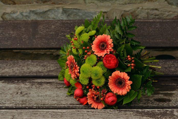 מתי צריך פרחים באזור המרכז והאם ניתן להוזיל עלויות?