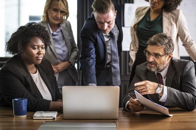 קורסי גמול השתלמות לבעלי תפקידים בארגונים
