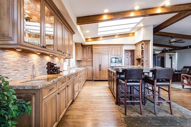 מטבחים באזור הקריות – כיצד מחליטים איזה מטבח להתקין בבית