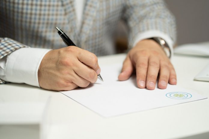 כל מה שאתם צריכים לדעת כל הסכם מייסדים – המדריך המלא ליזמים המתחילים